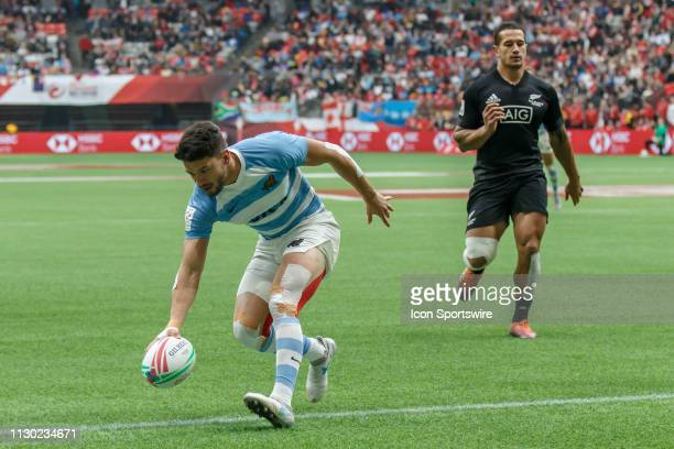 Lautaro Bazan Velez of Argentina scores during Game Argentina 7s vs New Zealand 7s in 5th Place SF1 matchup at the Canada Sevens held on March 10 at...