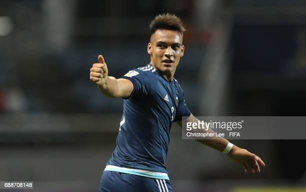 Lautaro Martinez of Argentina gives the thumbs up during the FIFA U20 World Cup Korea Republic 2017 group A match between Guinea and Argentina at...