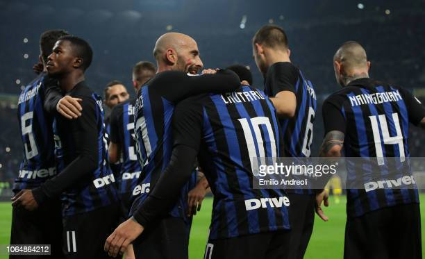Lautaro Martinez of FC Internazionale celebrates his goal with his teammates during the Serie A match between FC Internazionale and Frosinone Calcio...