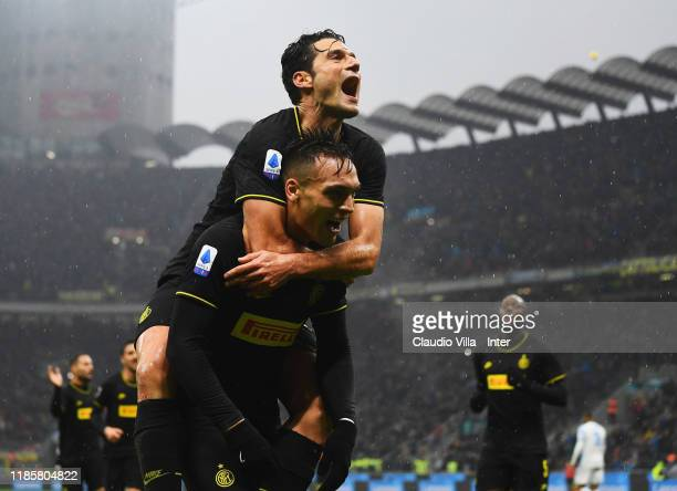 Lautaro Martinez of FC Internazionale celebrates with Antonio Candreva after scoring the second goal during the Serie A match between FC...