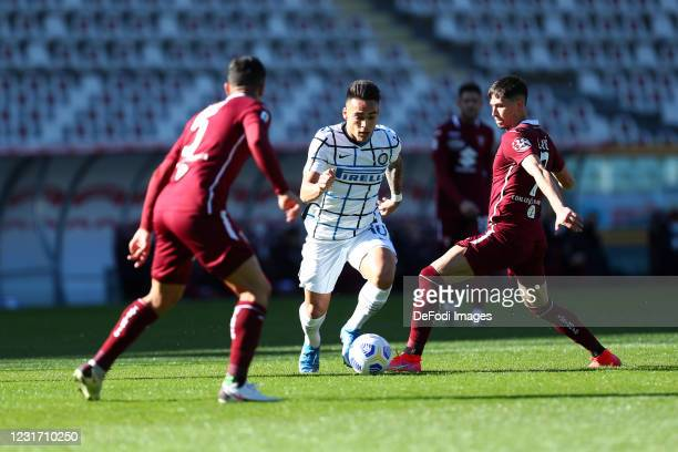 Lautaro Martinez of FC Internazionale controls the ball during the Serie A match between Torino FC and FC Internazionale at Stadio Olimpico di Torino...