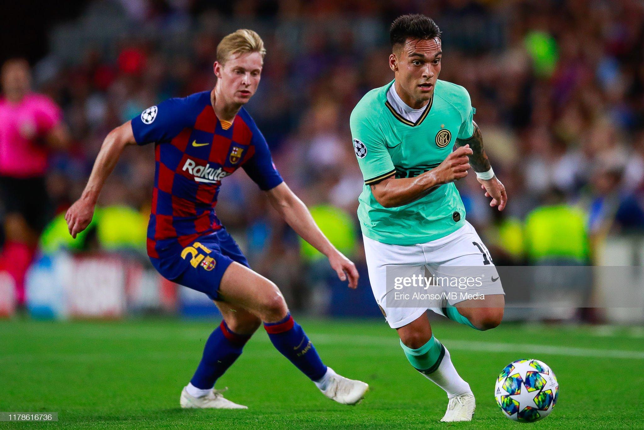 صور مباراة : برشلونة - إنتر 2-1 ( 02-10-2019 )  Lautaro-martinez-of-fc-internazionale-fight-for-the-ball-against-de-picture-id1178616736?s=2048x2048