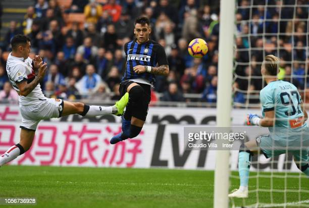 Lautaro Martinez of FC Internazionale in action during the Serie A match between FC Internazionale and Genoa CFC at Stadio Giuseppe Meazza on...