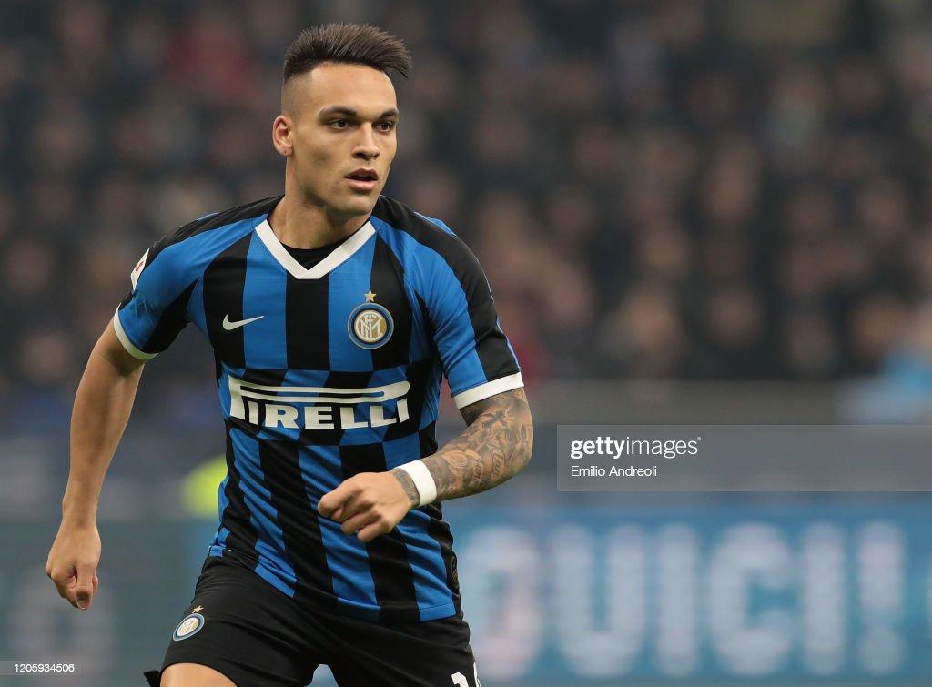 FC Internazionale v SSC Napoli - Coppa Italia: Semi Final : News Photo