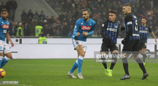 Lautaro Martinez of FC Internazionale scores the opening goal during the Serie A match between FC Internazionale and SSC Napoli at Stadio Giuseppe...