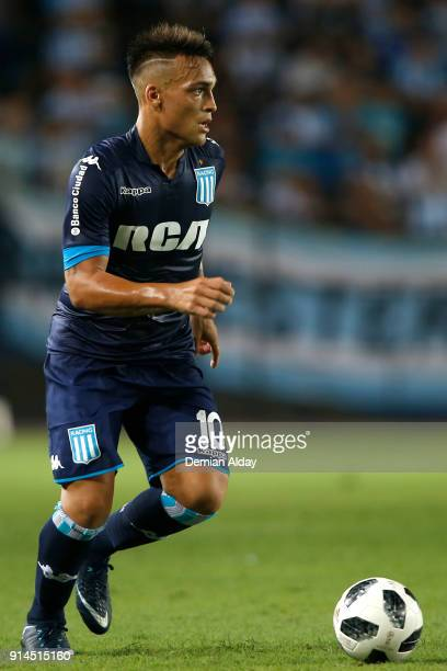 Lautaro Martinez of Racing Club drives the ball during a match between Racing Club and Huracan as part of Superliga Argentina 2017/18 at Presidente...