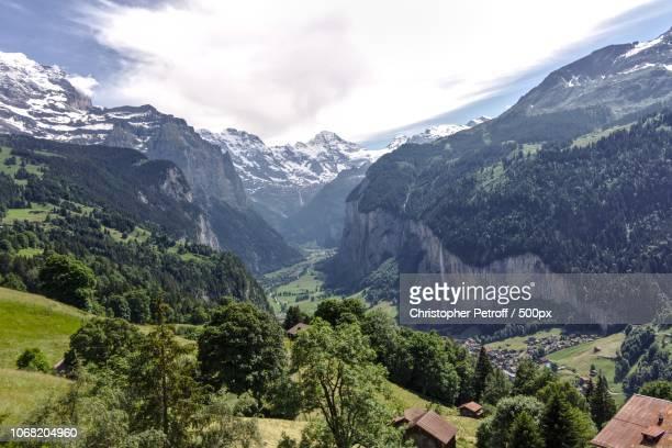 lauterbrunnen, switzerland - lauterbrunnen - fotografias e filmes do acervo