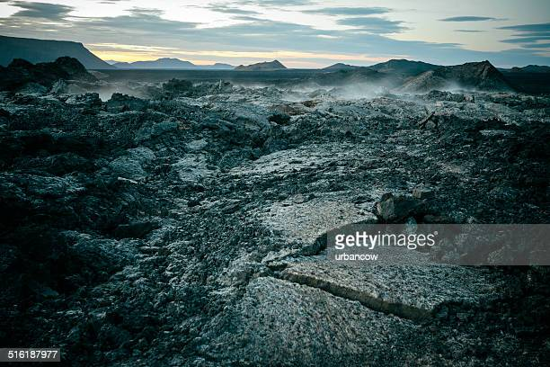 lava fieldleirhnjúkur, iceland. - tectonic stock photos and pictures
