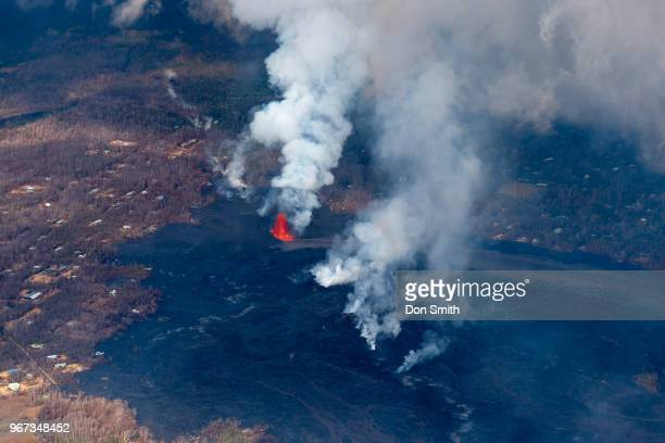 lava fissure 8 - don smith stock pictures, royalty-free photos & images