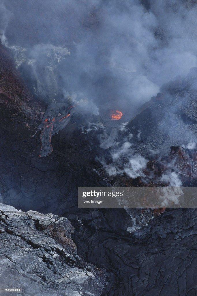 Lava flows cover a desolate landscape, Big Island, Hawaii : Stock Photo