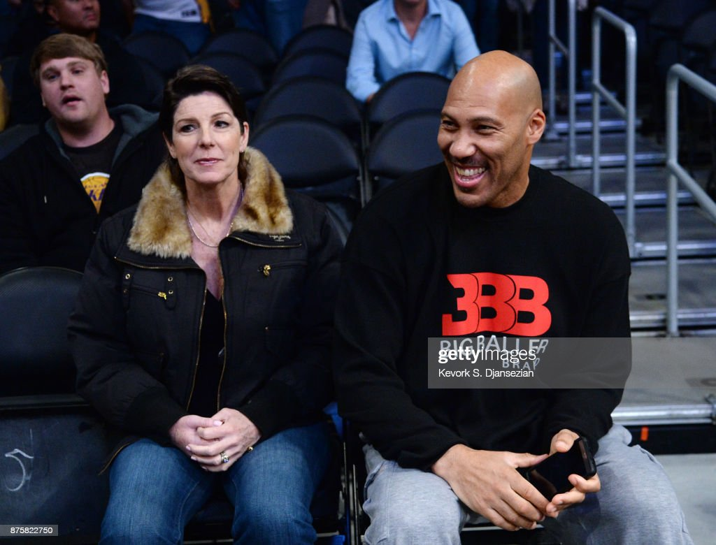 LaVar Ball and Tina Ball, parents of Lonzo Ball #2 of the Los Angeles Lakers, attend a basketball game between Phoenix Suns and Los Angeles Lakers at Staples Center November 17, 2017, in Los Angeles, California.