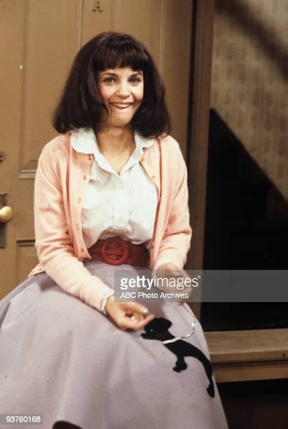 LAVERNE SHIRLEY Laverne and Shirley Move In 11/28/78 Cindy Williams