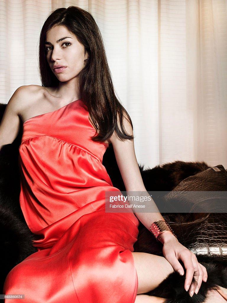 Lavinia Longhi Nude Photos 18