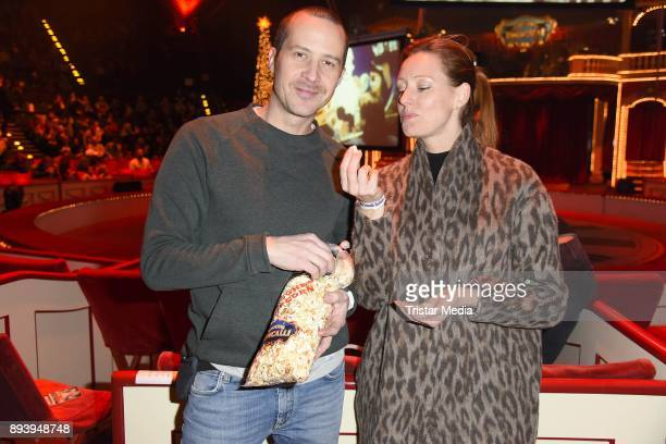 Lavinia Wilson and her boyfriend Barnaby Metschurat attend the 14th Roncalli Christmas Circus Premiere at Tempodrom on December 16 2017 in Berlin...