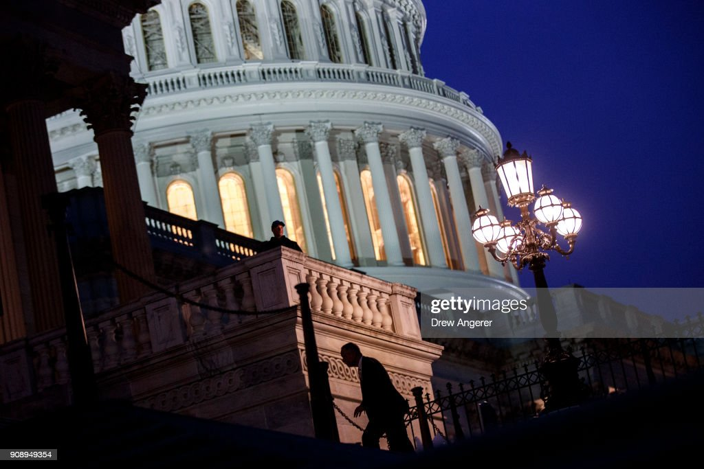 Lawmakers arrive to the House chamber to vote on the continuing resolution to fund the federal government, Capitol Hill, January 22, 2018 in Washington, DC. The U.S. Senate has voted to end the shutdown, and Congress will now need to wait for the House of Representatives to approve the legislation.