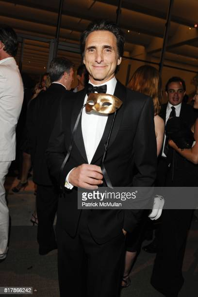 Lawrence Bender attends LACMA Resnick Gala AvantGarde After Party at Los Angeles County Museum of Art on September 25 2010 in Los Angeles California