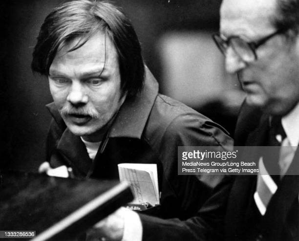 Lawrence Bittaker with attorney Albert Garber, right, in Torrance Superior Court, Feb 17, 1981.