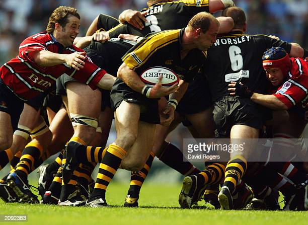Lawrence Dallaglio of Wasps breaks from the base of the scrum during the Zurich Premiership Final between Gloucester and London Wasps on May 31 2003...