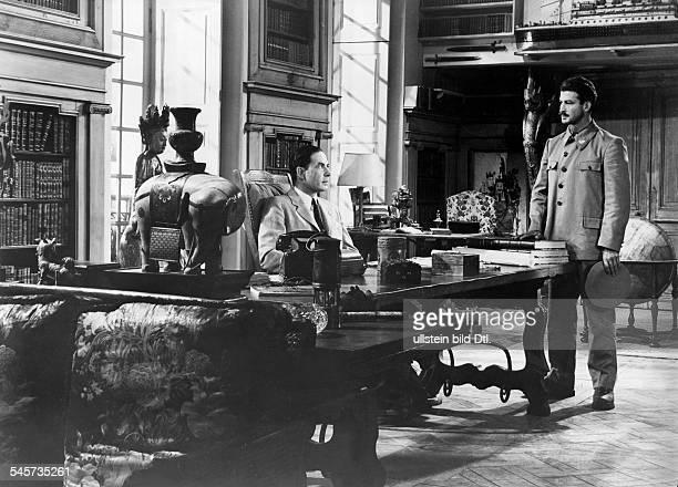 Lawrence, D.H. *11.09.1885-+Schriftsteller, GB- Szenenbild aus der Verfilmung des Buches'Lady Chatterley's Lover', im Bild Leo Genn als Lord...
