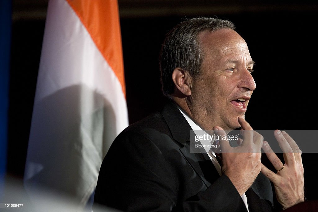 Lawrence 'Larry' Summers, director of the White House's National Economic Council, speaks at the U.S.-India Business Council meeting in Washington, D.C., U.S., on Wednesday, June 2, 2010. The USIBC, formed in 1975, represents AmericaÕs top companies investing in India. Photographer: Joshua Roberts