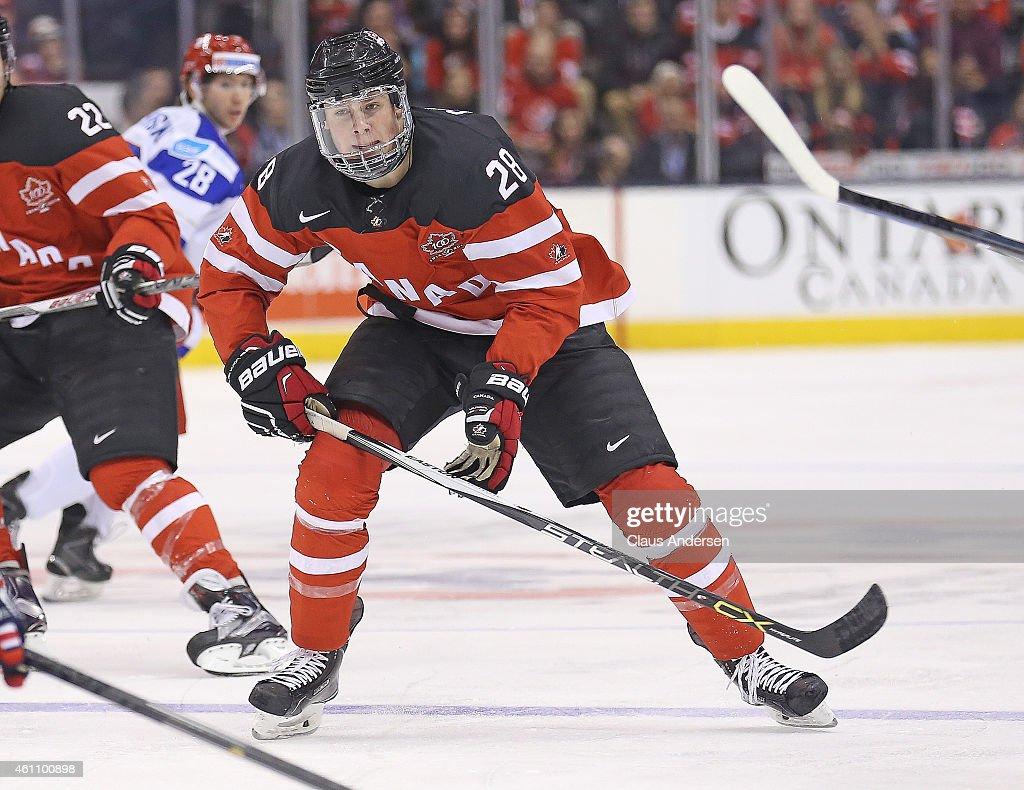 Team Canada v Team Russia : News Photo