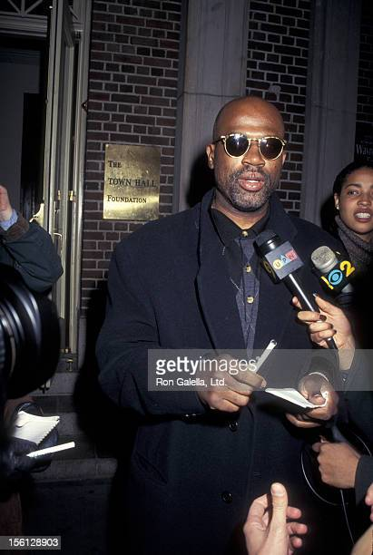 Lawyer Christopher Darden attending 'A Conversation With OJ Simpson Trial Prosecutor' on November 19 1995 at Town Hall in New York City New York