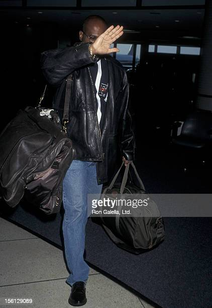 Lawyer Christopher Darden being photographed on October 14 1996 at the Los Angeles International Airport in Los Angeles California