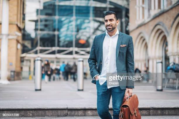 lawyer from india going to london - ora legale foto e immagini stock
