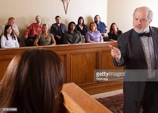 Avocat dans une salle de tribunal