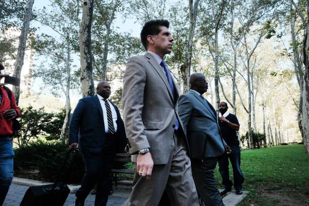NY: Jury Deliberates In R. Kelly Trial