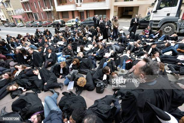 Lawyers make a 'diein' in front of the Court of First Instance of Toulouse The French Bar Association all lawyers' unions all magistrates' unions...