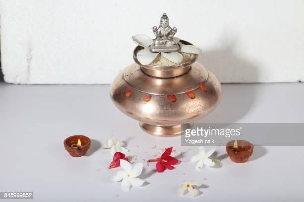 laxmi puja - goddess lakshmi stock photos and pictures