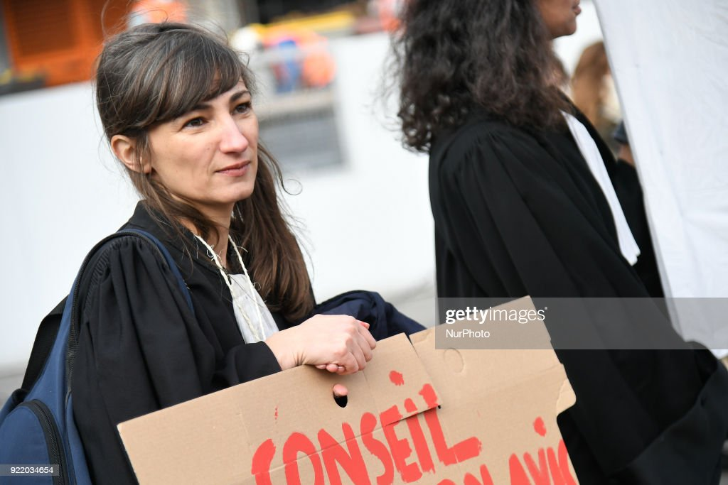Lawyers strike and protest against the immigration law : News Photo