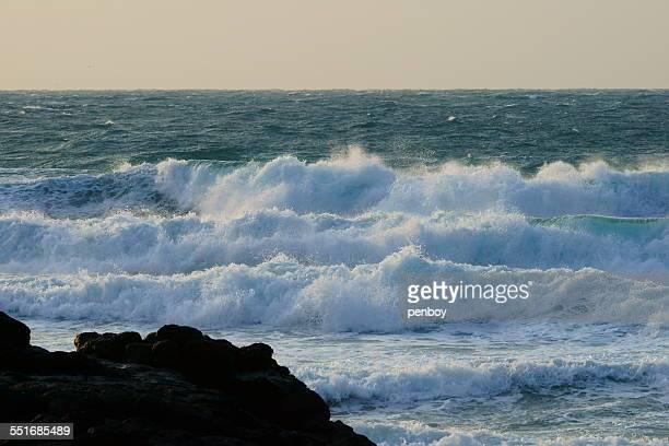 Layering waves