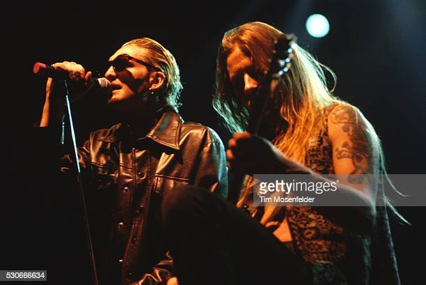 Layne Staley and Jerry Cantrell of Alice in Chains performs at San Jose State Event Center on April 11 1993 in San Jose California
