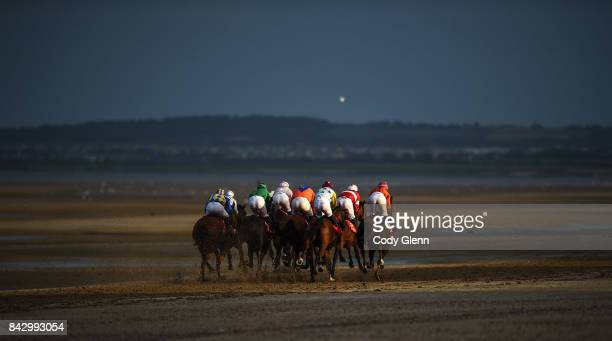 Laytown Ireland 5 September 2017 Runners and riders race in the O'Neills Sports Handicap during the Laytown Races at Laytown in Co Meath