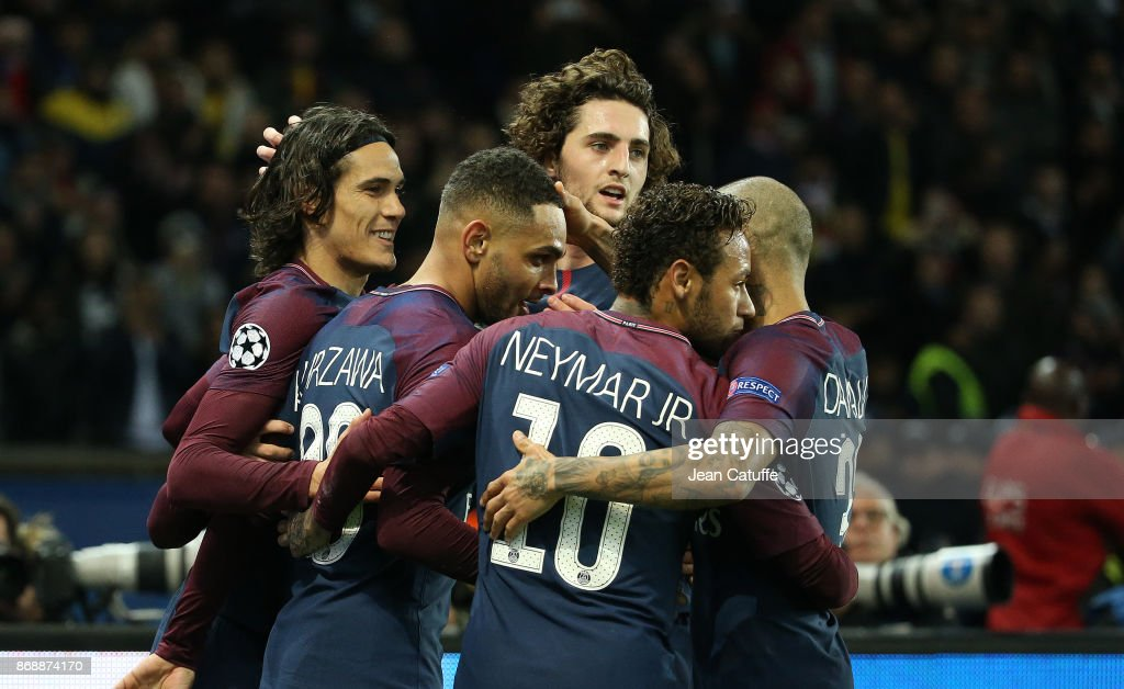 Layvin Kursawa of PSG celebrates his goal with Edinson Cavani, Adrien Rabiot, Neymar Jr during the UEFA Champions League group B match between Paris Saint-Germain (PSG) and RSC Anderlecht at Parc des Princes on October 31, 2017 in Paris, France.