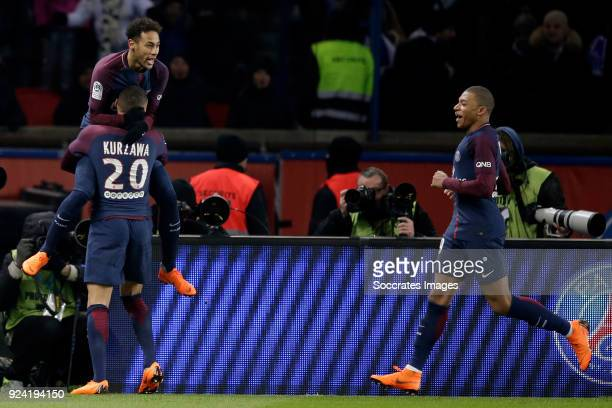Layvin Kurzawa of Paris Saint Germain Neymar Jr of Paris Saint Germain Edinson Cavani of Paris Saint Germain celebrate during the French League 1...