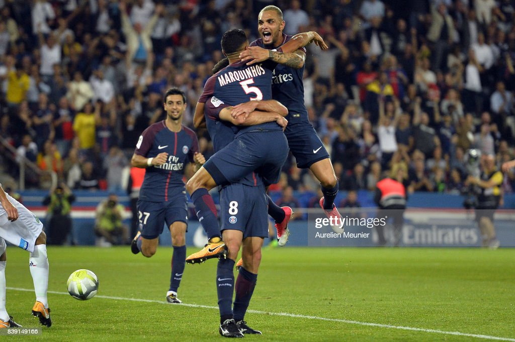 Layvin Kurzawa of Paris Saint-Germain congratulates Thiago Motta for his goal during the Ligue 1 match between Paris Saint-Germain ans AS Saint-Etienne at Parc des Princes on August 25, 2017 in Paris, France.