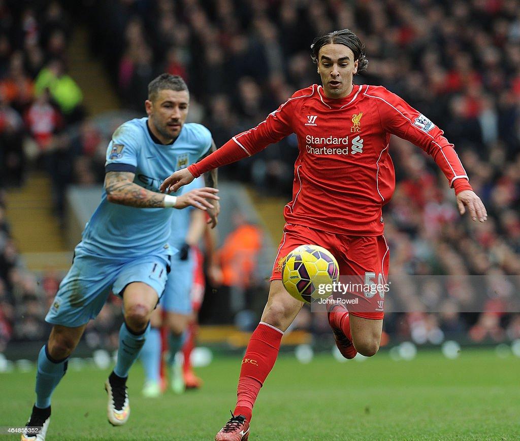 Liverpool v Manchester City - Premier League : Fotografía de noticias