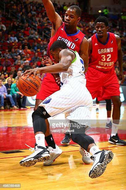 Lazeric Jones of the Iowa Energy drives around the Grand Rapids Drive in an NBA DLeague game on November 21 2015 at the Wells Fargo Arena in Des...