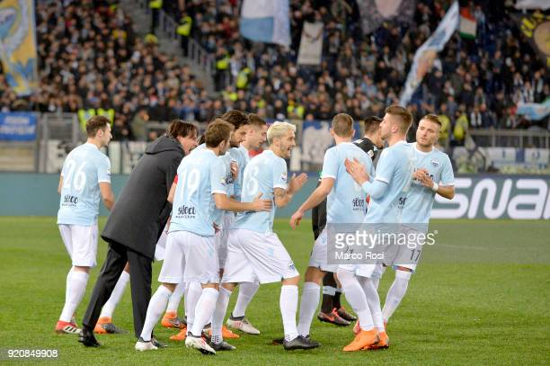 Lazio head coach Simone Inzaghi speaks to the team before the Serie A match between SS Lazio and Hellas Verona FC at Stadio Olimpico on February 19...