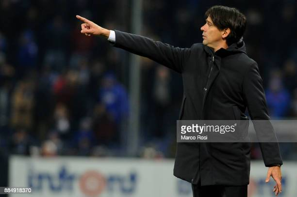 Lazio head coach Siomene Inzaghi during the Serie A match between UC Sampdoria and SS Lazio at Stadio Luigi Ferraris on December 3 2017 in Genoa Italy