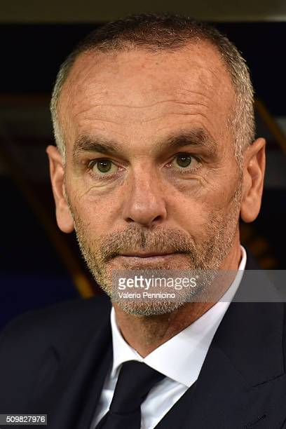 Lazio head coach Stefano Pioli looks on during the Serie A match between Genoa CFC and SS Lazio at Stadio Luigi Ferraris on February 6 2016 in Genoa...