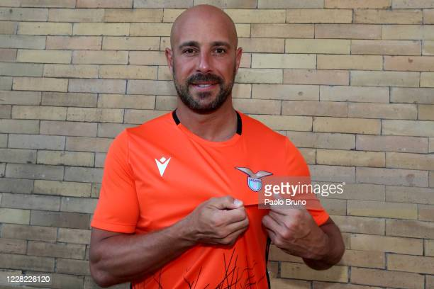 Lazio new signing Pepe Reina poses with new jersey after the medical tests at Paideia Hospital on August 27, 2020 in Rome, Italy.