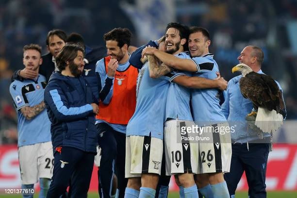 Lazio players celebrate the victory after the Serie A match between SS Lazio and FC Internazionale at Stadio Olimpico on February 16, 2020 in Rome,...