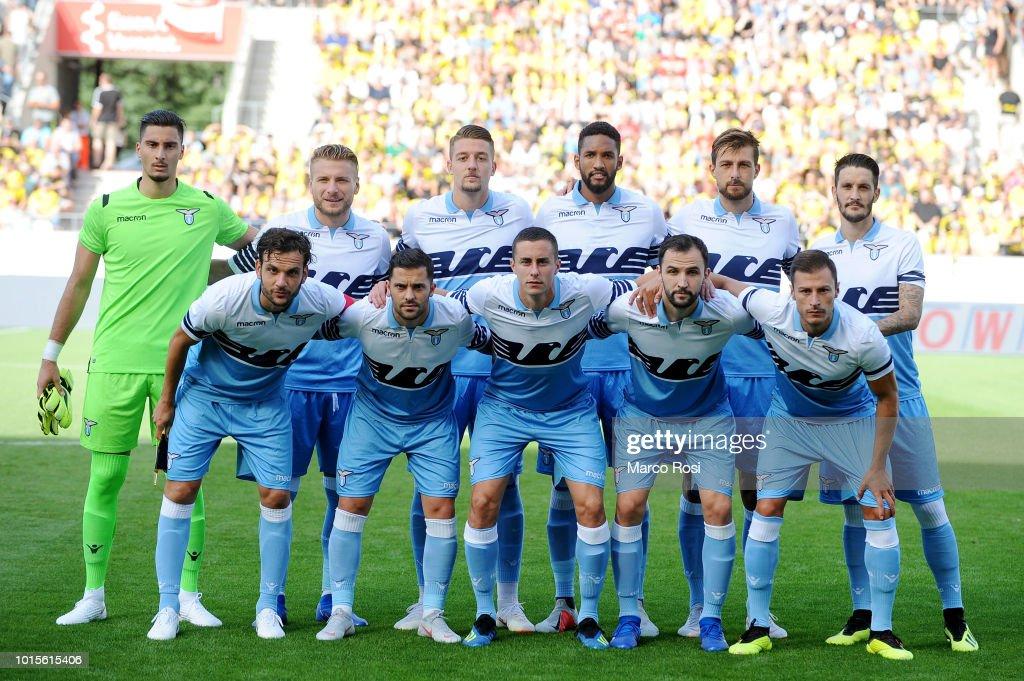 SS Lazio players pose a photo team during the Borussia ...