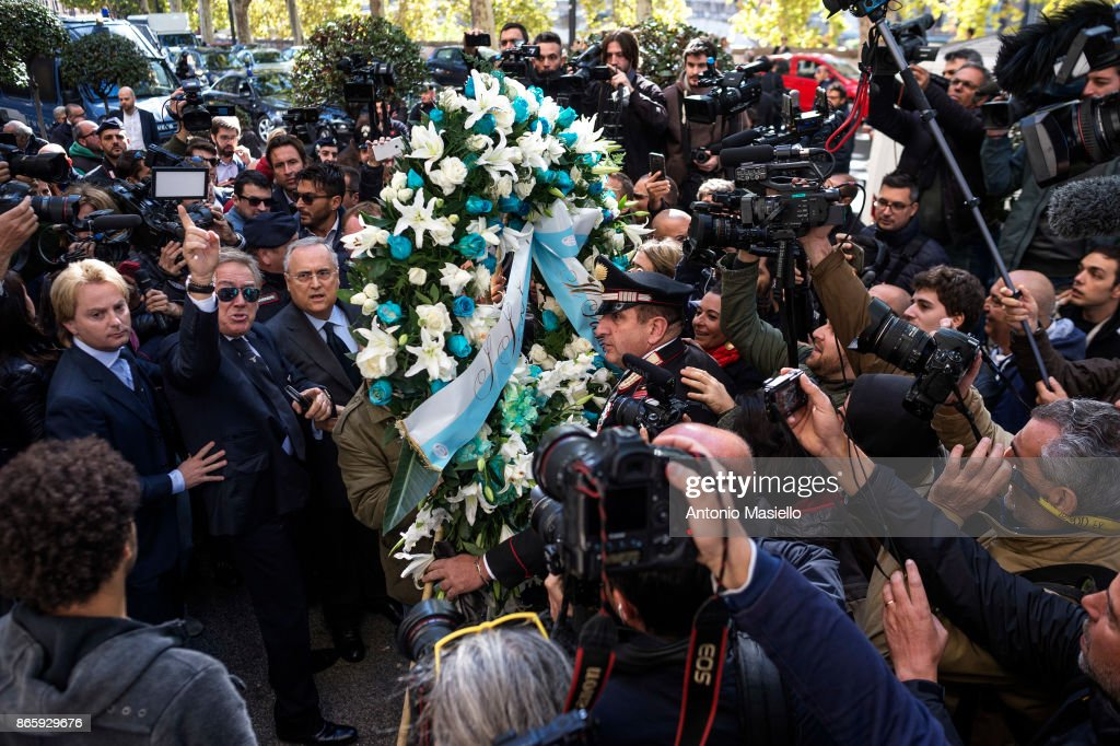 Lazio soccer team president, Claudio Lotito lays a wreath outside Rome's Synagogue on October 24, 2017 in Rome, Italy. Lazio Chairman Claudio Lotito with a team delegation lay a wreath after some of the club's ultra fans used Anne Frank's image to insult followers of city rivals AS Roma.