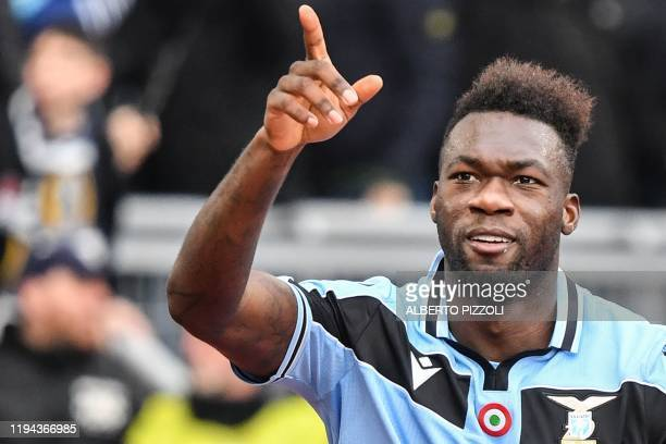 Lazio's Ecuadorian forward Felipe Caicedo celebrates after opening the scoring during the Italian Serie A football match Lazio Rome vs Sampdoria on...