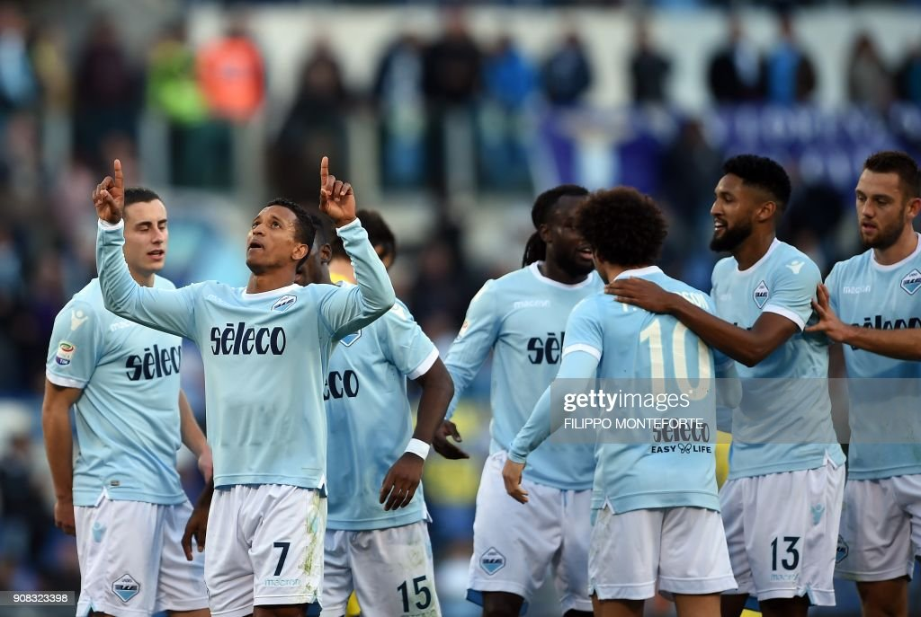 Lazio's forward from Portugal Luis Nani celebrates with teammates after scoring during the Italian Serie A football match Lazio vs Chievo at the Olympic Stadium in Rome on January 21, 2018. /